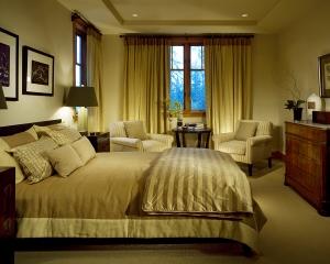 06212016_AndreaJovine_ChangChavkin_Bedroom2Alt